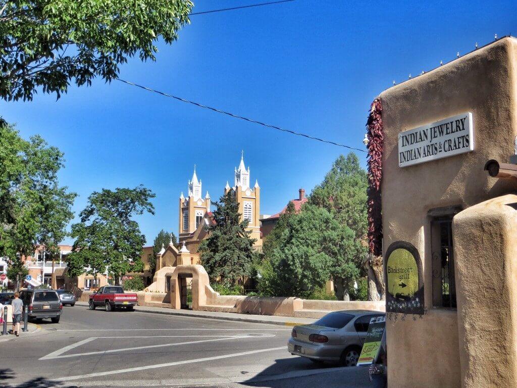 Albuquerquen vanha keskusta on vielä hiljainen aamuyhdeksältä.