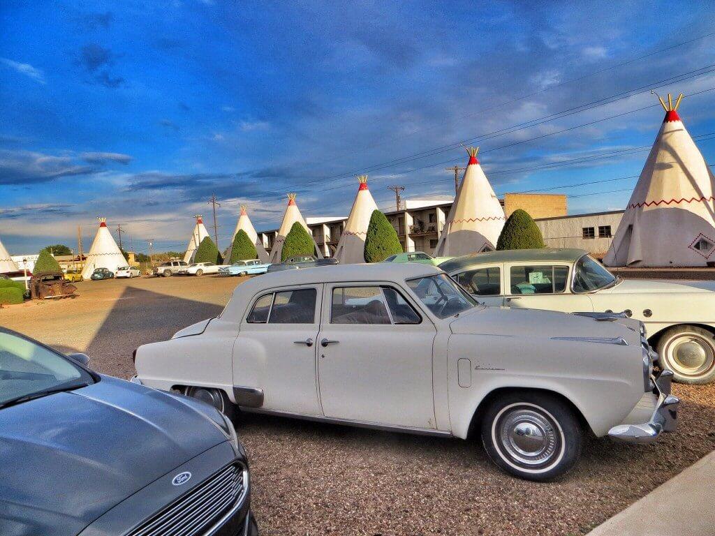 Wigwam Motel.